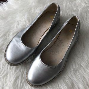 DOC MARTENS Silver Ballet Flats